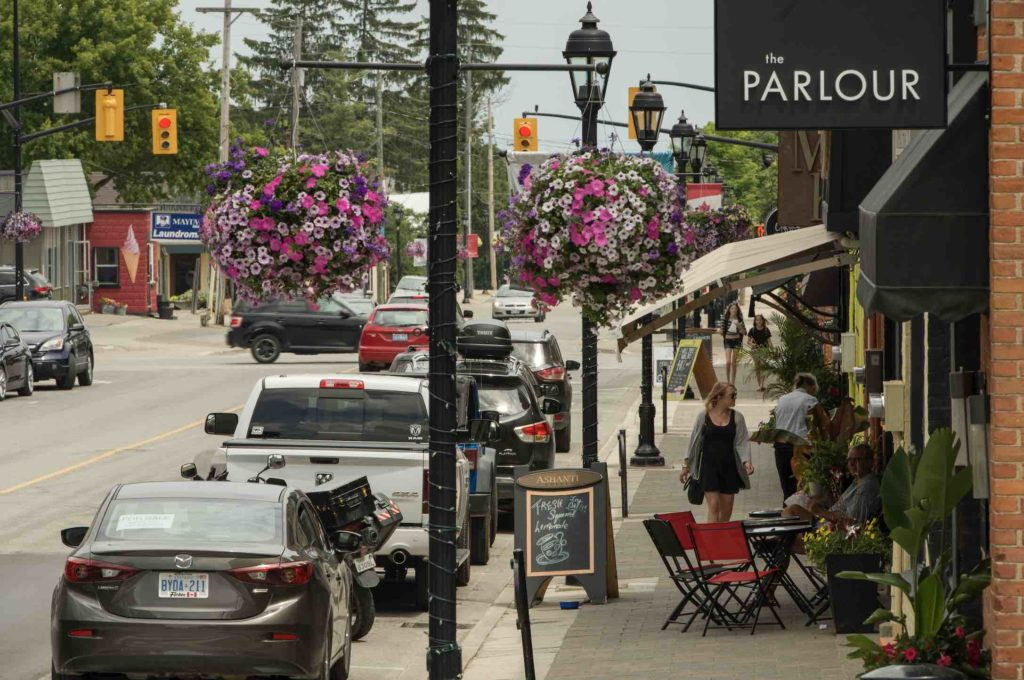 Things to do in Thornbury include walking along the towns attractive Main Street in summer, as shown here