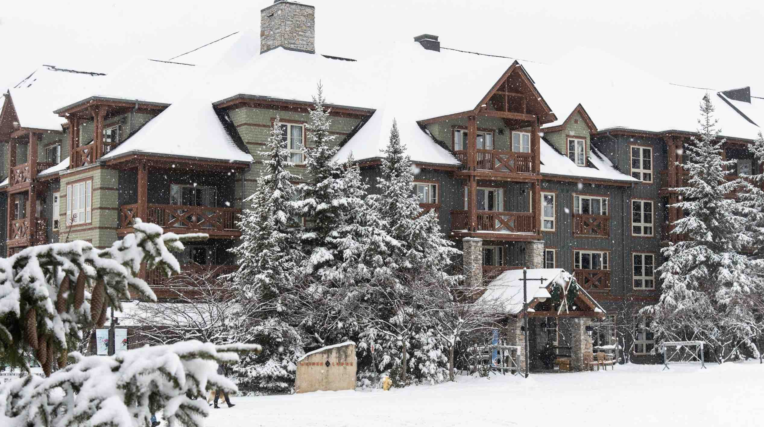 Weider Lodge seen here in winter is one of the top hotels in blue mountains